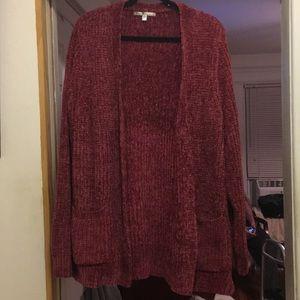 Cardigan sweater, two pocket.